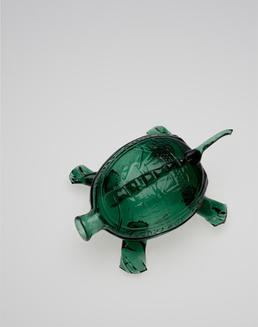 Kensington Glass Works, Sailors Rights Flask (Turtle Whimsy), Philadelphia, 1826–32